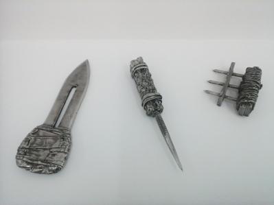 Reproducciones en aceros inoxidable confiscadas a presos
