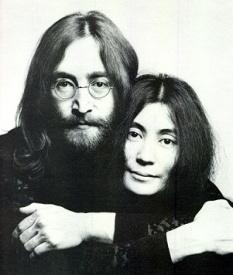 Photo of John and Yoko