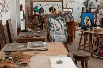 modern-abstract-art-and-artists-studios-ii-L-ycjNqq